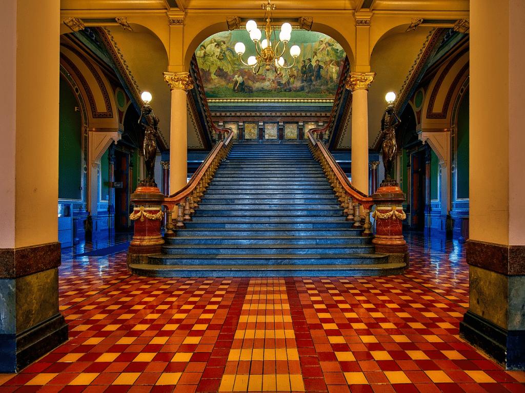 gránit lépcső